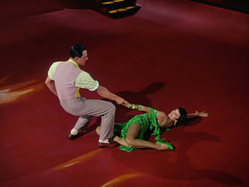 gene kelly and cyd charisse in singing-in-the-rain broadway melody ballet sequence