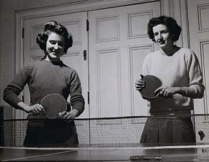 table_tennis_vintage women