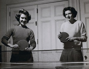 table_tennis_vintage women