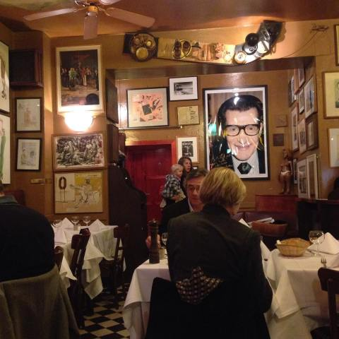 cafe-paris-charlottenburg-berlin---a-bowie-favourite_24075820909_o