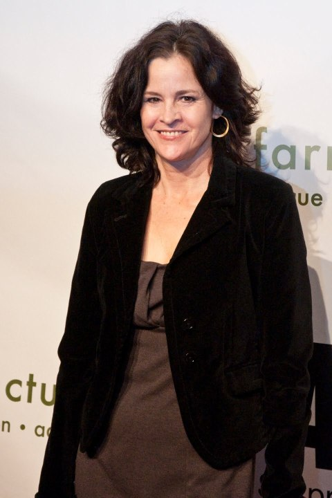 Ally-Sheedy-Net-Worth