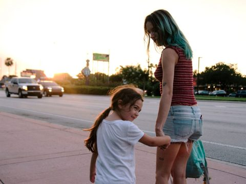 Bria Vinaite & Brooklyn Prince in 'The Florida Project' (2017)