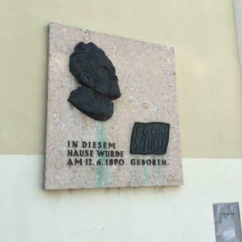 Schiele's birthplace - plaque in the station at Tulln