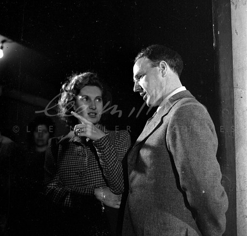 Henry Moore & director Jill Craigie during the filming of 'Out of Chaos' (1943) in Holborn tube station