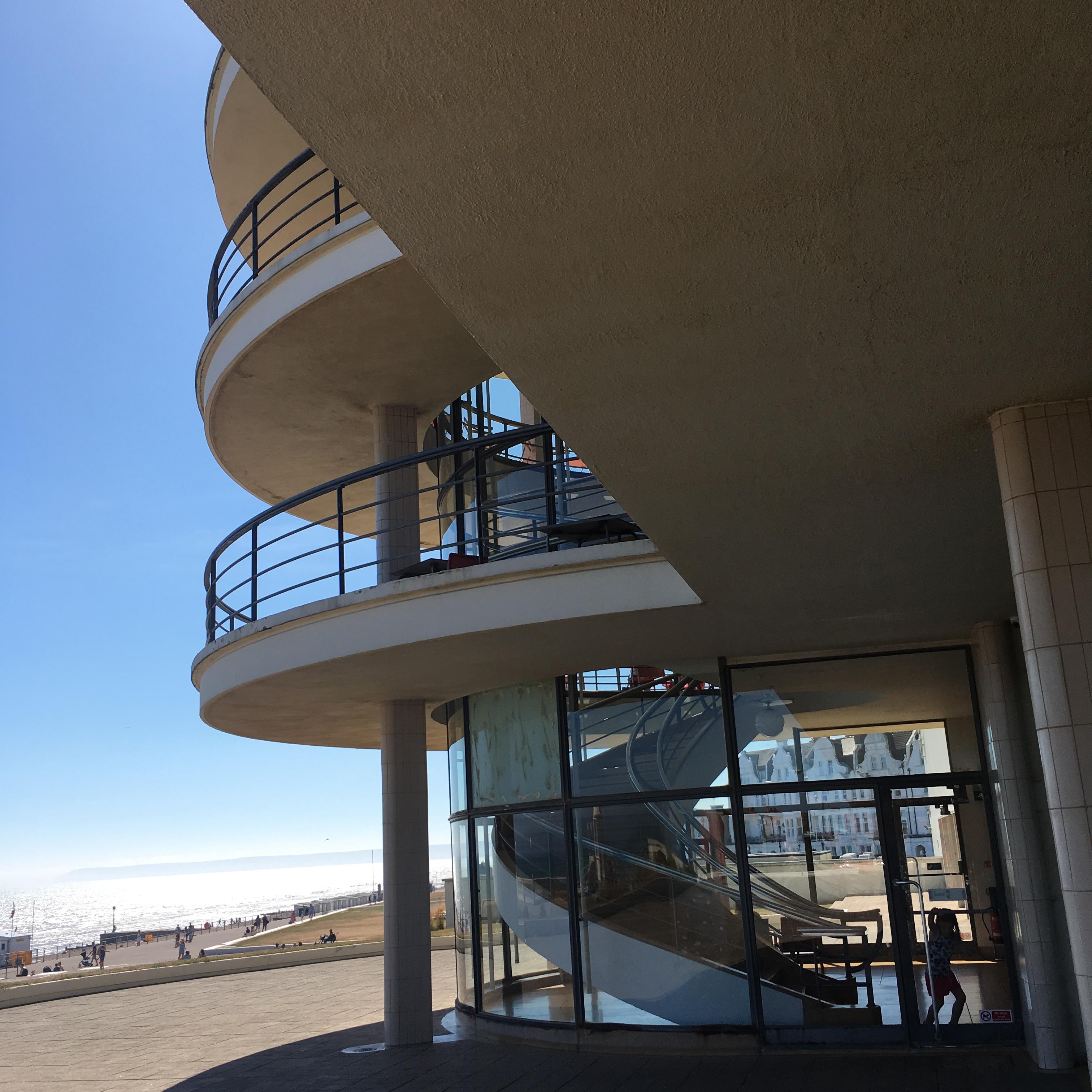 De La Warr Pavilion, Bexhill-on-Sea, East Sussex - exterior staircase