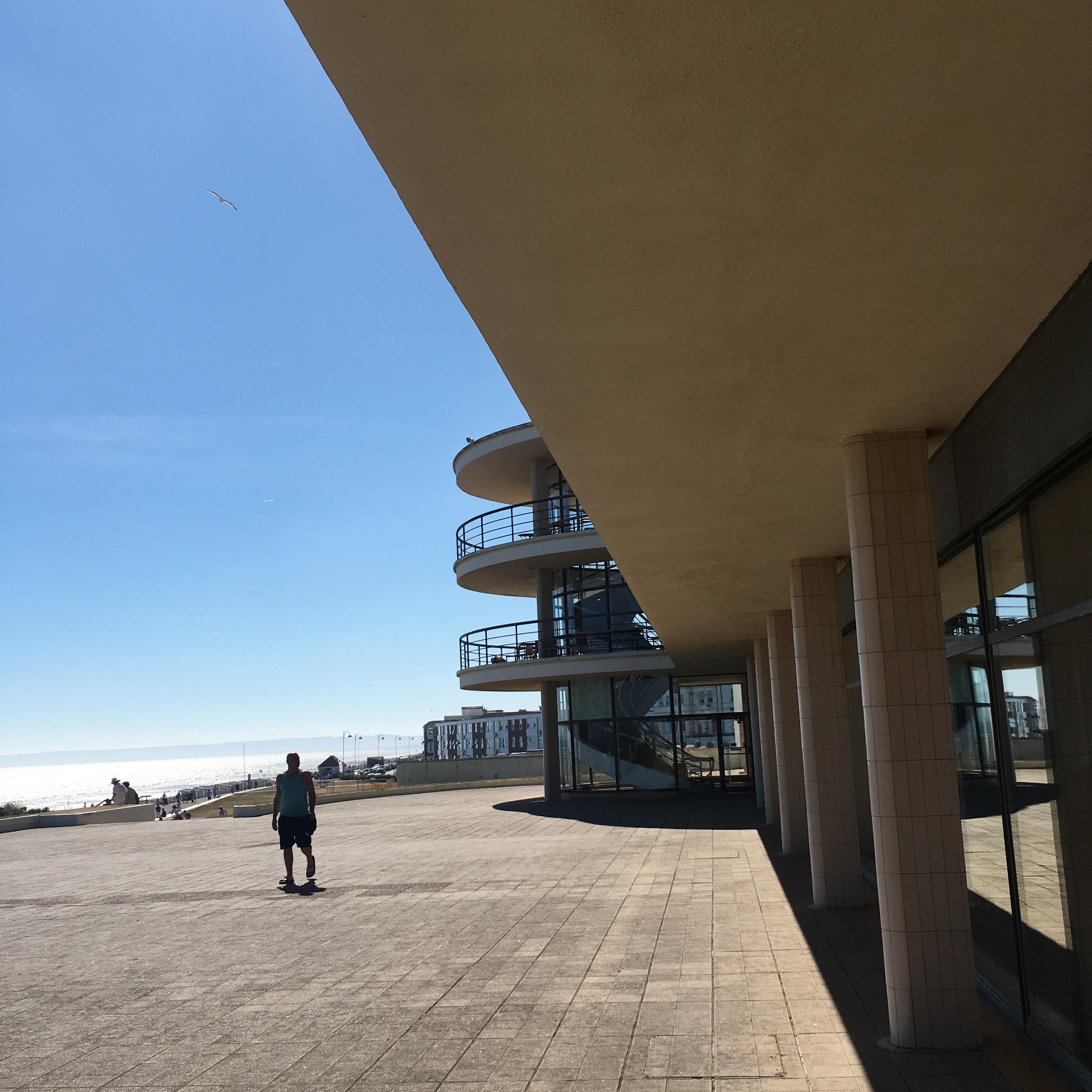 De La Warr Pavilion, Bexhill-on-Sea, East Sussex - exterior seaside