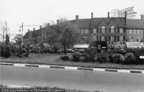 mill-hill-apex-corner-c1955