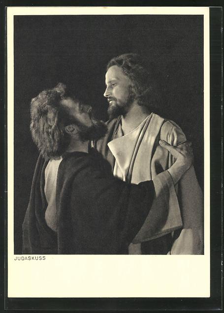ak-oberammergau-passionsspiele-1950-judaskuss-szenenfoto-mit-anton-preisinger-u-hans-schwaighofer judas kiss postcard