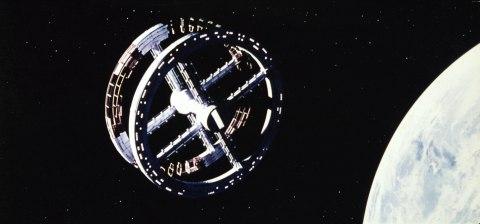 2001_space station kubrick movie