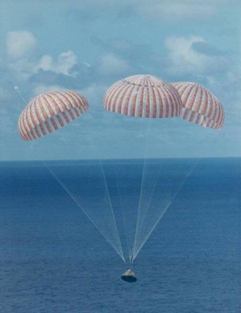 Apollo 11 splashdown parachutes