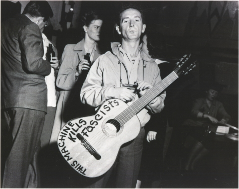 Woody guthrie this machine kills fascists guitar