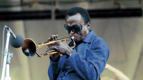 mile davis jazz trumpeter